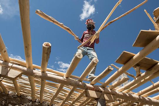 Sam Dzong - Bau der Dächer (c) Manuel Bauer